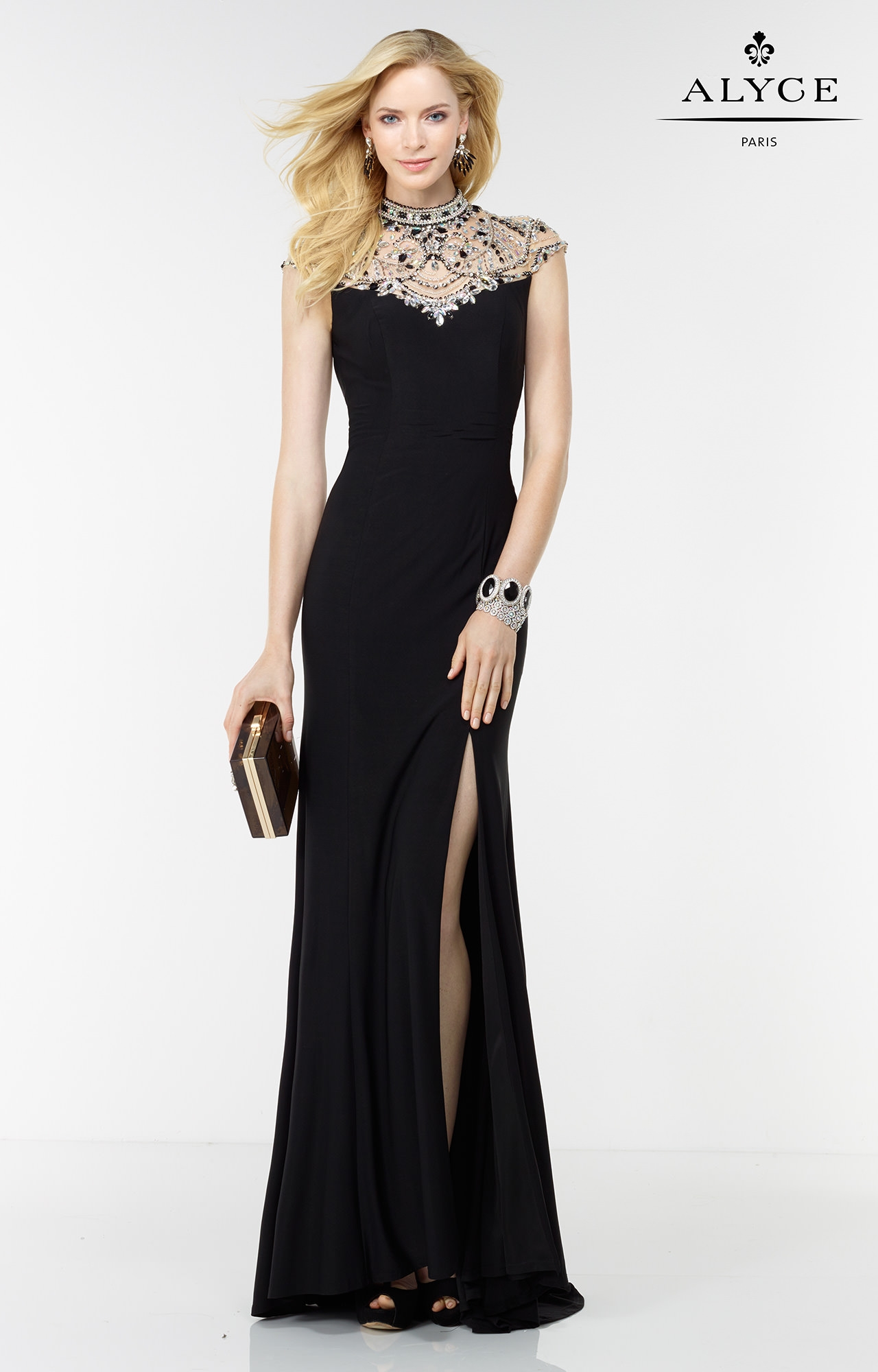 Alyce Paris 6538 She S Fancy Dress Prom Dress