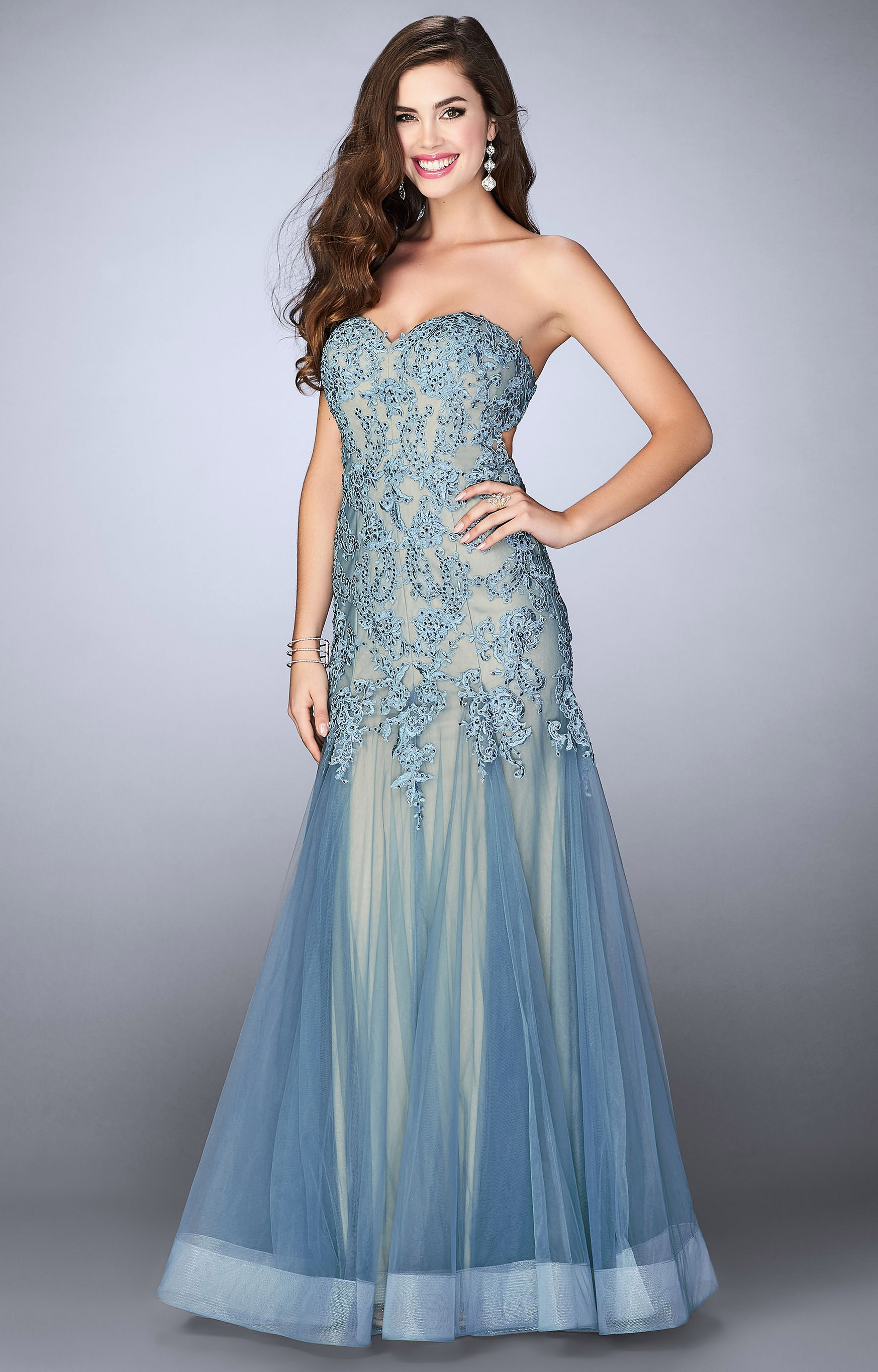 La Femme 23578 - Long Tulle Mermaid Gown with Lace Prom Dress