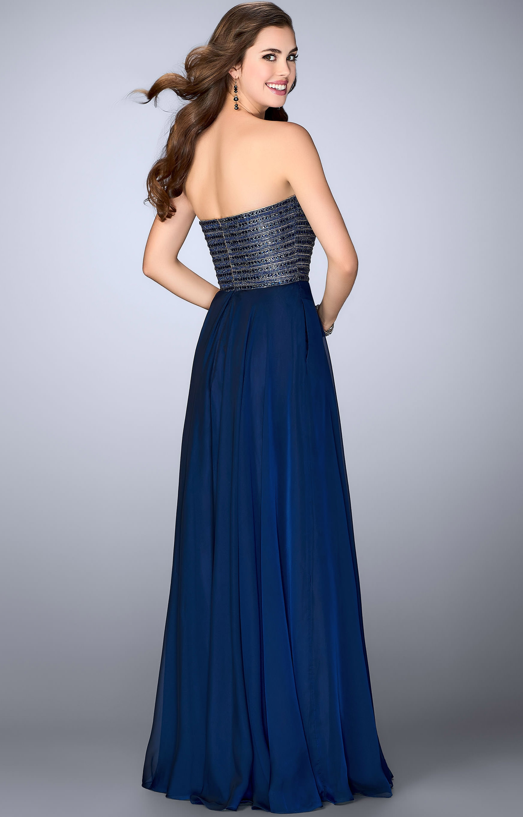 La Femme 23197 - Strapless Sweetheart Stretch Satin with