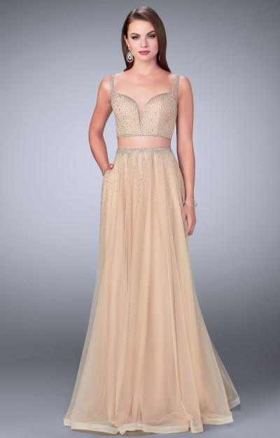 2 Piece Tulle A-Line Dress with Pockets and Plunging Sweetheart Neckline