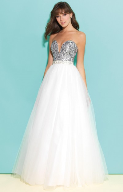 Printed Sweetheart Top with A-Line Waist Tulle Ballgown
