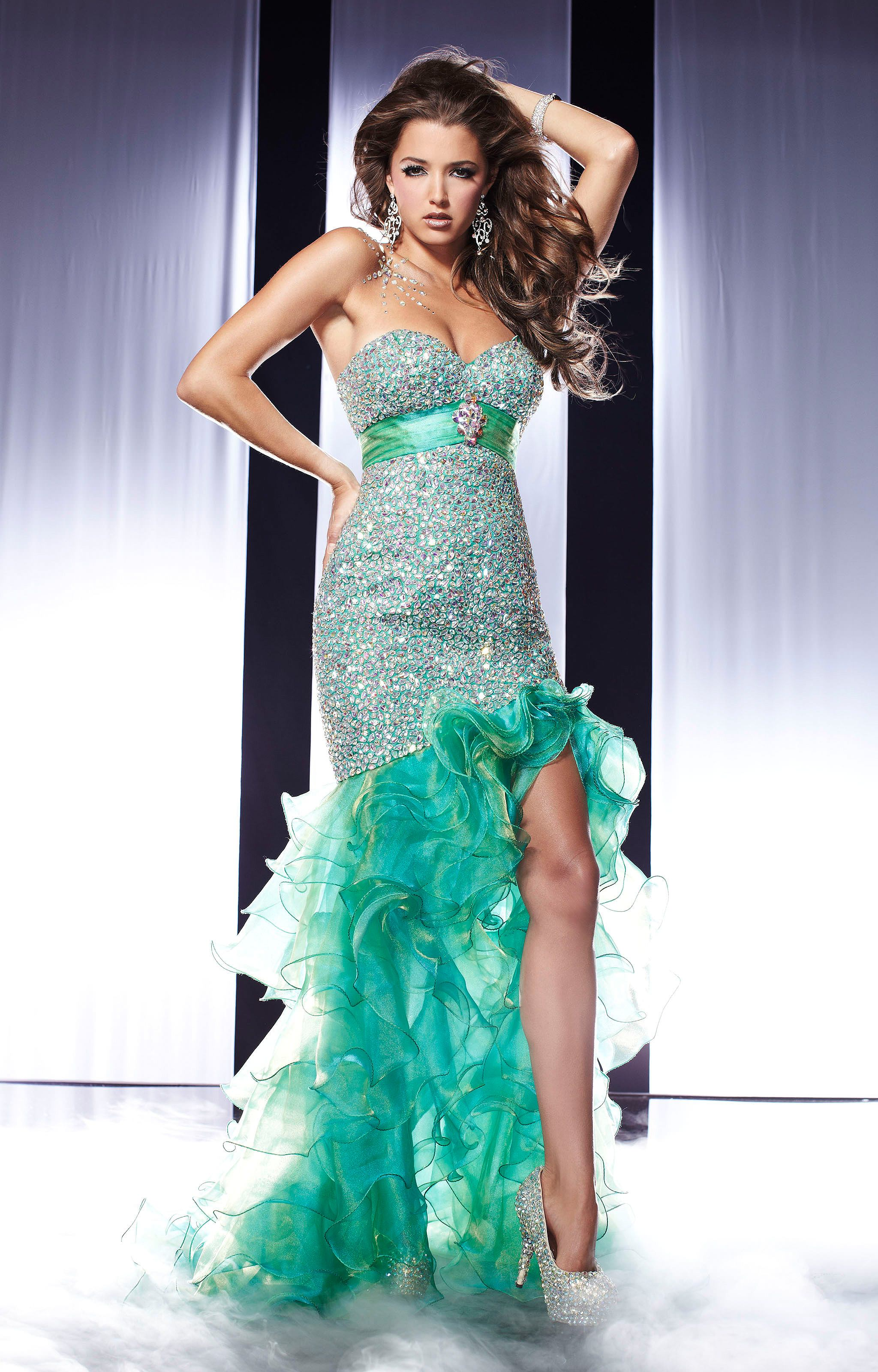 Panoply 14561 - Green With Envy Gown Prom Dress