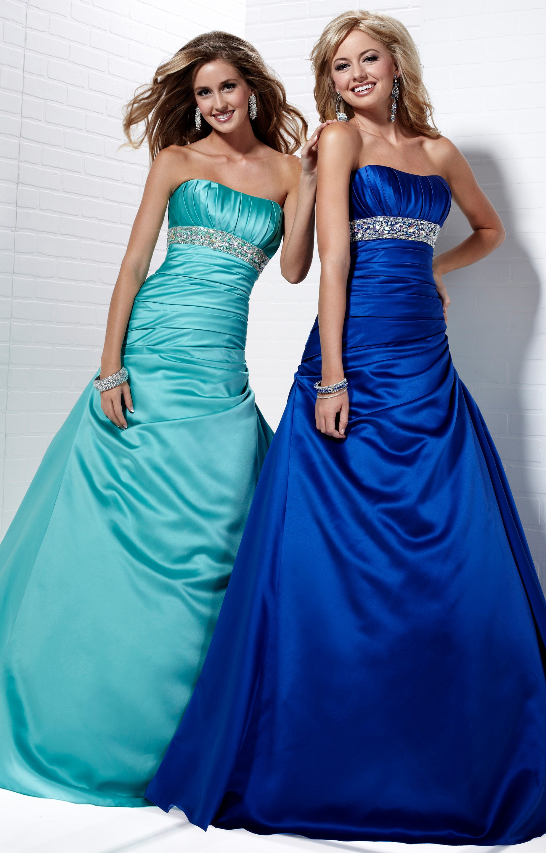 Tiffany Designs 16711 - Jessica Gown Prom Dress