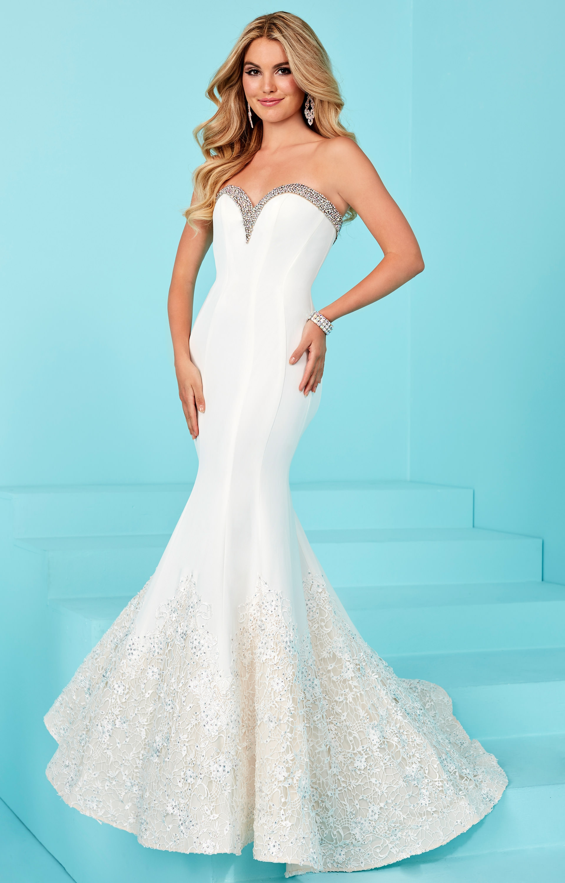 tiffany designs 16214 sweetheart strapless fitted
