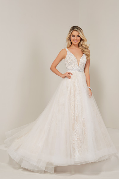 7b2c9d6c31 Evening Gowns With Pearls